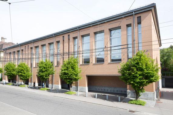 Einer der drei Standorte der Kantonsschule am Brühl